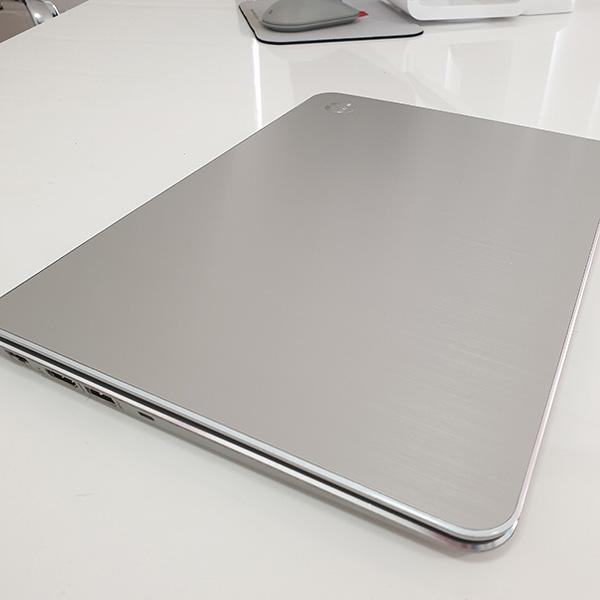 Refurbished HP Spectre XT laptop closed top