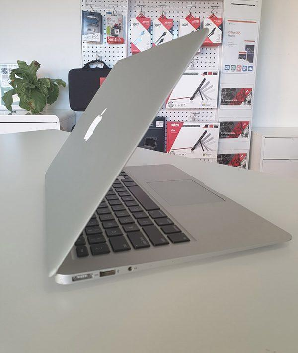 "Refurbished Apple MacBook Air 13"" 2015 open lid"