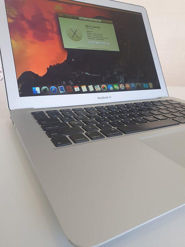 "Refurbished Apple MacBook Air 13"" 2015 front closeup"