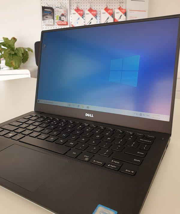 Refurbished Dell XPS 13 9350 laptop front